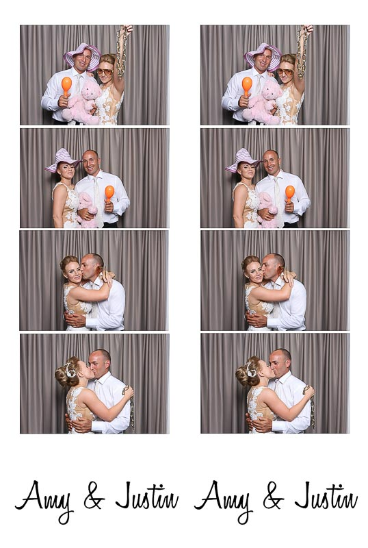 Vintage Swan Valley Wedding photo booth hire